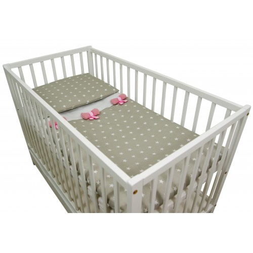 Beżowa pościel z ochraniaczem dla niemowlaka