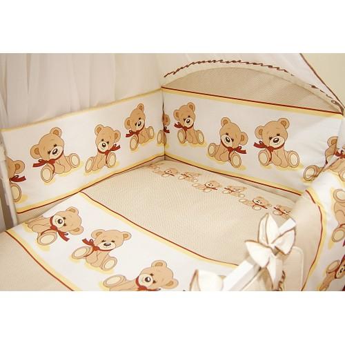 Pościel do łóżeczka z ochraniaczem w środku łóżeczka