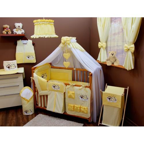 Żółte zasłony okienne do pokoju dziecka